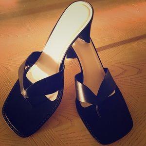 Leather sandal/heal NWOT